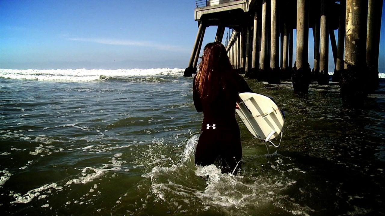 Maddie Peterson Surfer