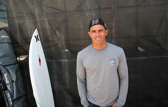 Kelly Slater hanging out before a heat