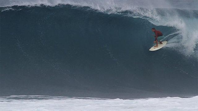 chris kelly surfing in hawaii