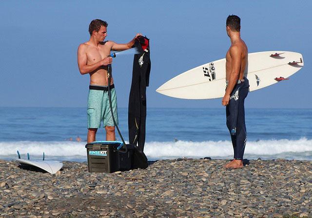RinseKit Surfing